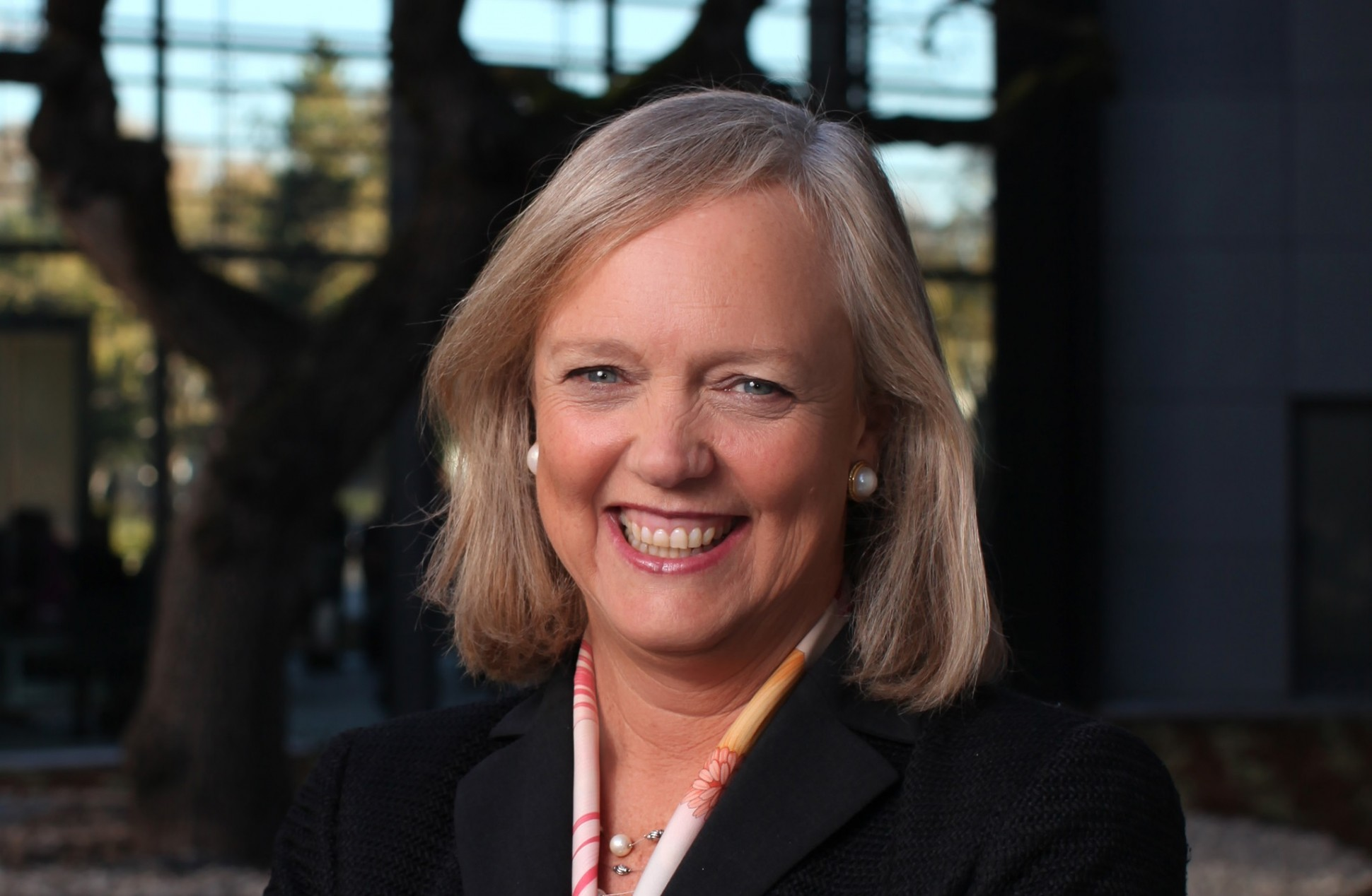 meg whitman, ceo of ebay one of the richest female ceos in the world essay Meg whitman, ceo of hewlett-packard in 1998, ebay was a 3-year-old start-up with 30 employees and revenue of less than $5 million when she left a decade later, the auction site had $8 billion in sales, 15,000 workers and operations in 30 countries, despite the missed opportunity in japan.